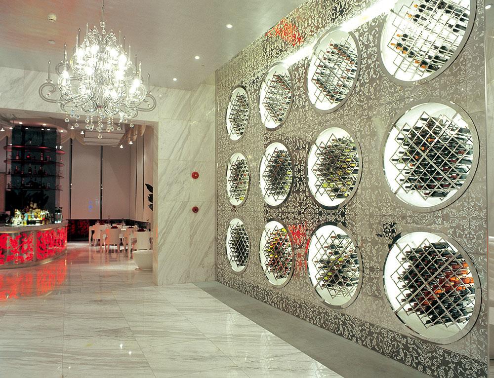 图一:深圳蓝玛赫西餐厅设计餐厅入口